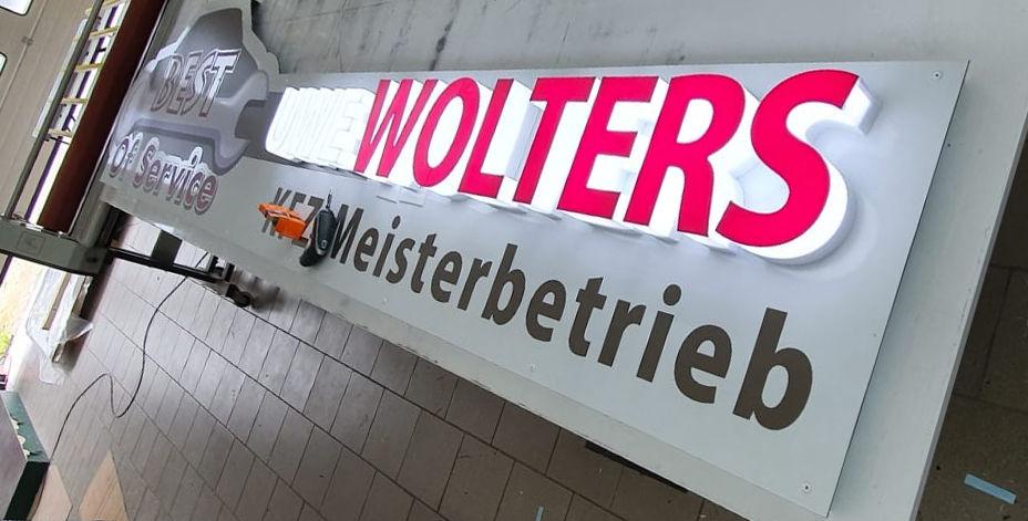 Leuchtbuchstaben-led-logo-wolters