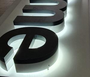 LED-Leuchtbuchstaben mit Logo bei Intersign kaufen